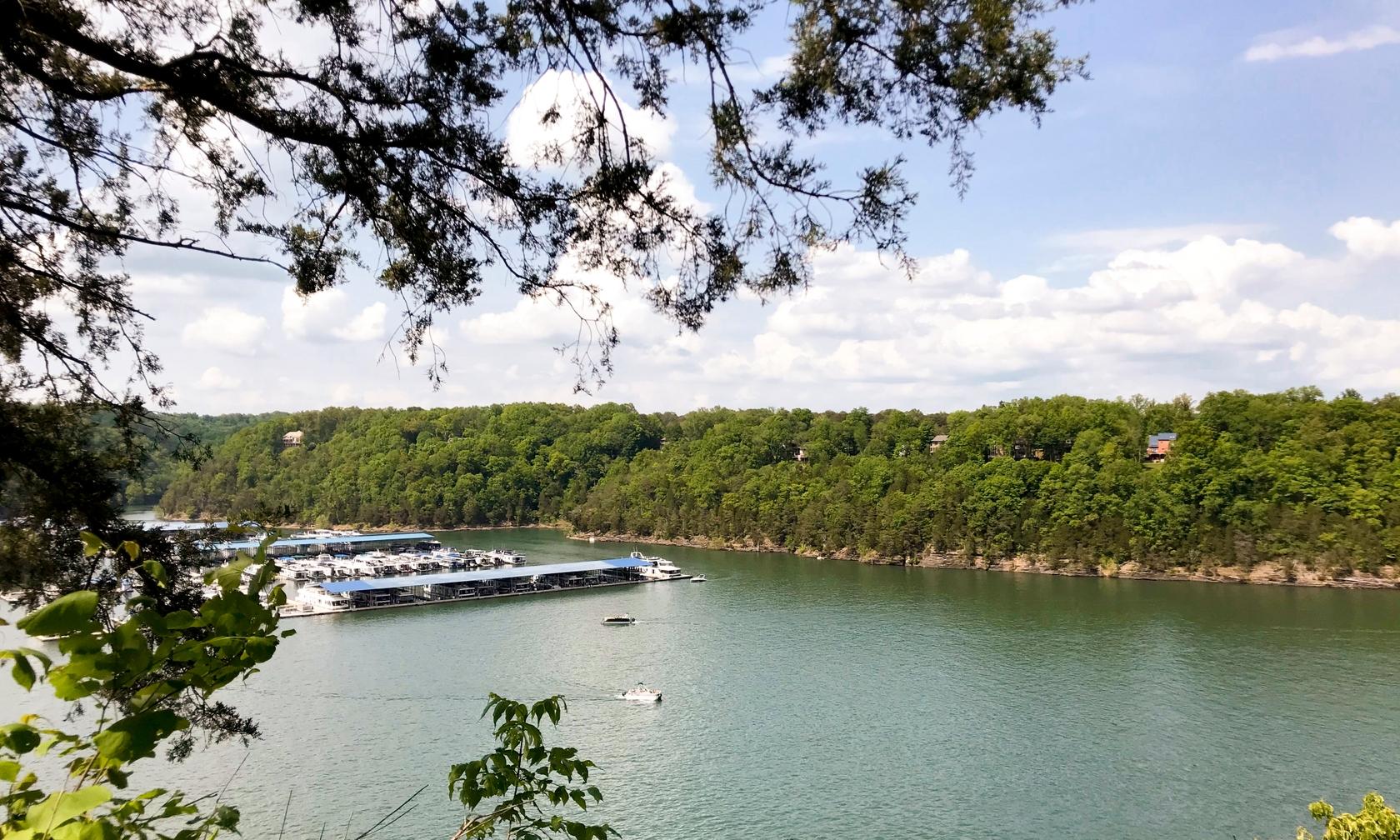 Vacation rentals in Lake Cumberland