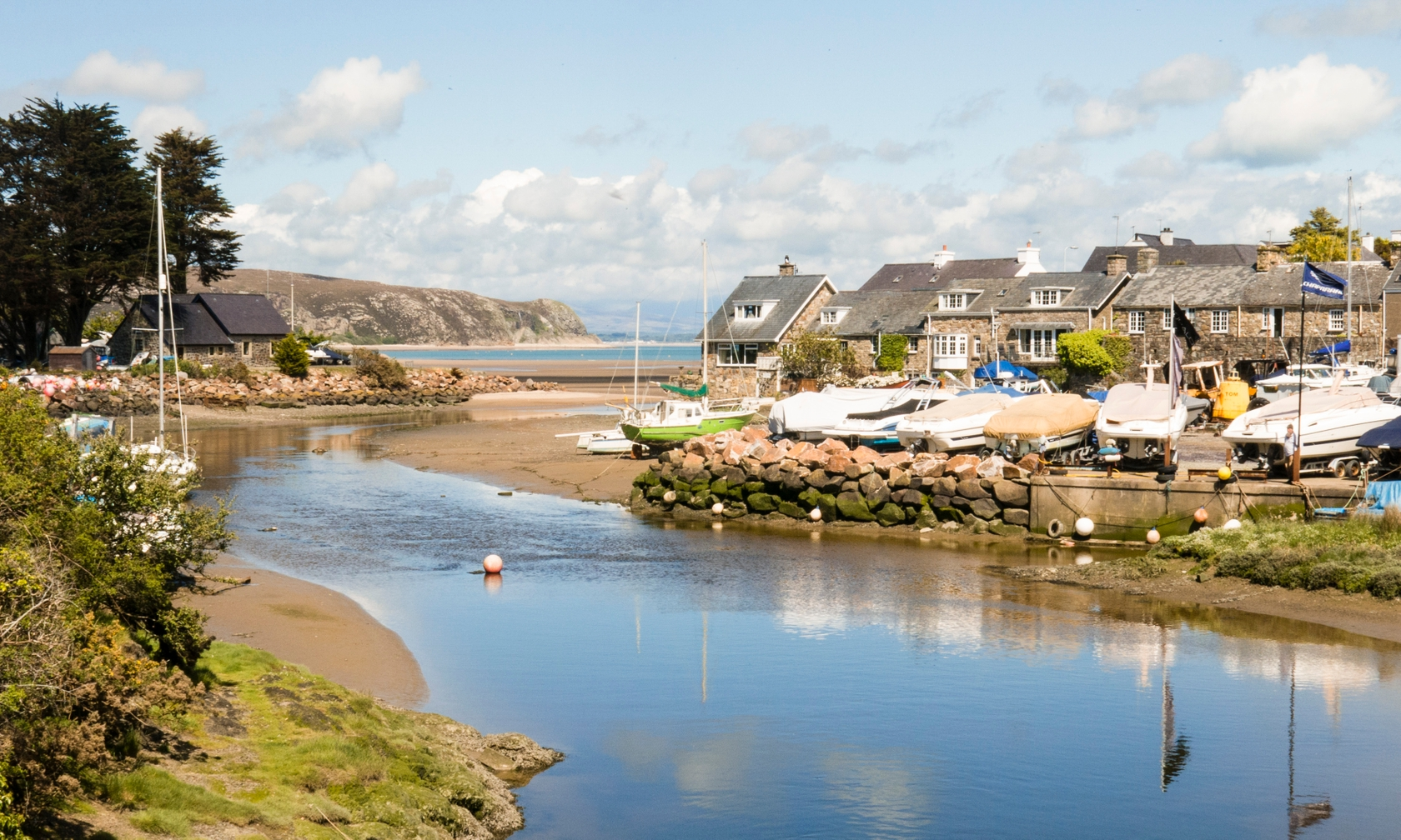 Holiday cottages in Abersoch