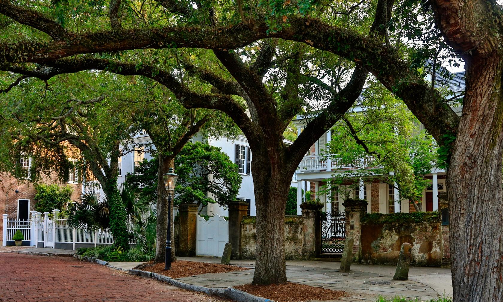 Vacation rental apartments in Charleston