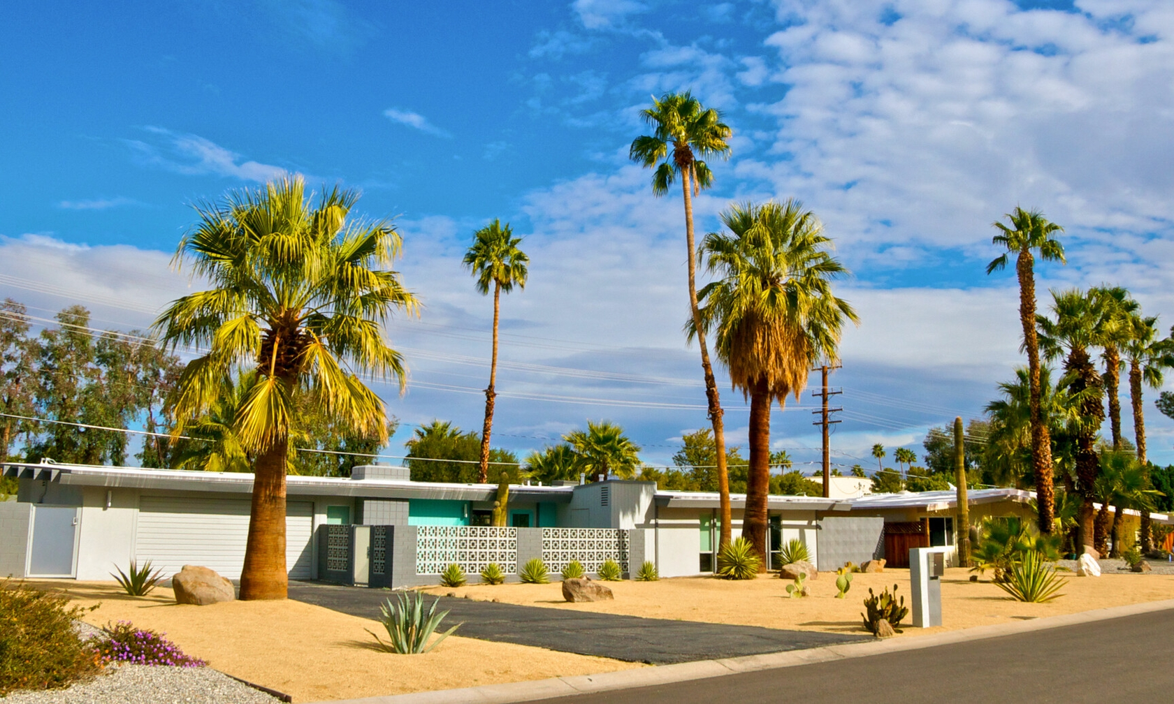 Vacation rental houses in Palm Springs
