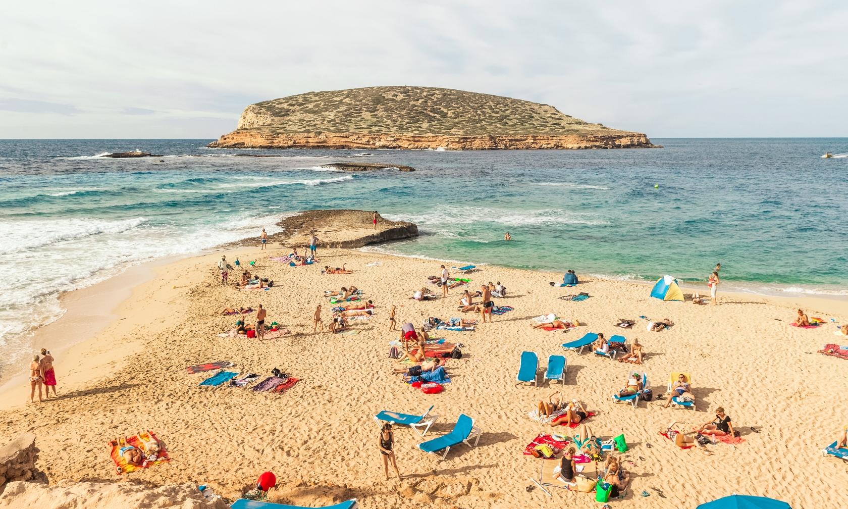 Villa and house rentals in Ibiza