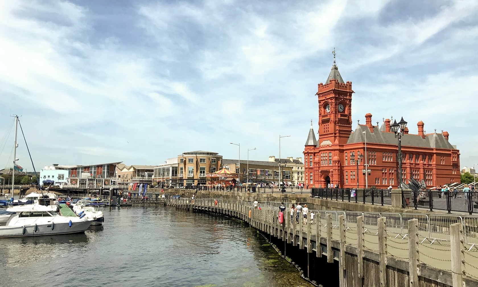 Holiday rentals in Cardiff