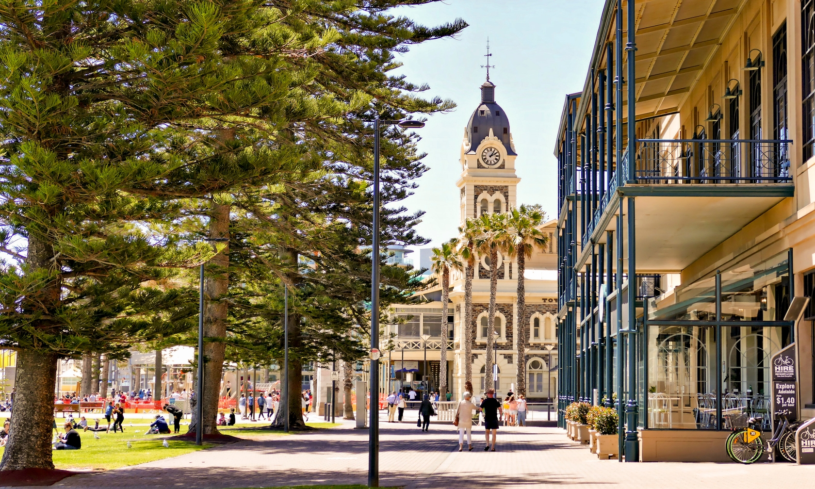 Holiday rental apartments in Glenelg