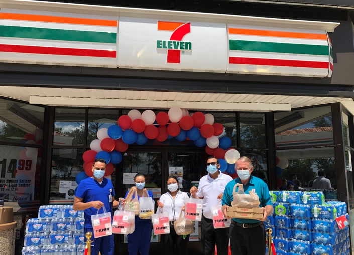 Florida-7-Eleven-Franchisees-Rally-to-Help.jpg