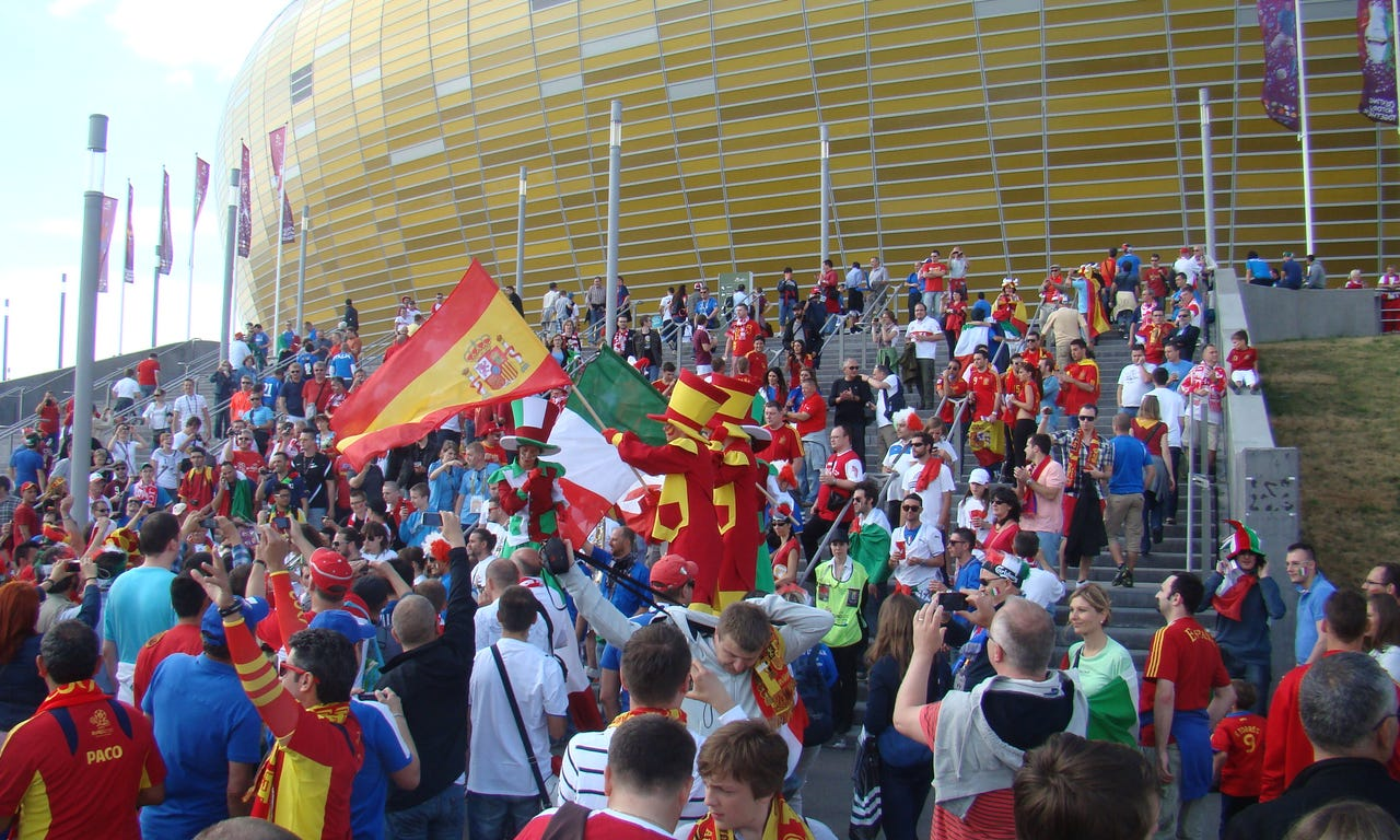 SPA-ITA_Euro_2012_supporters_outside_the_stadium.jpeg