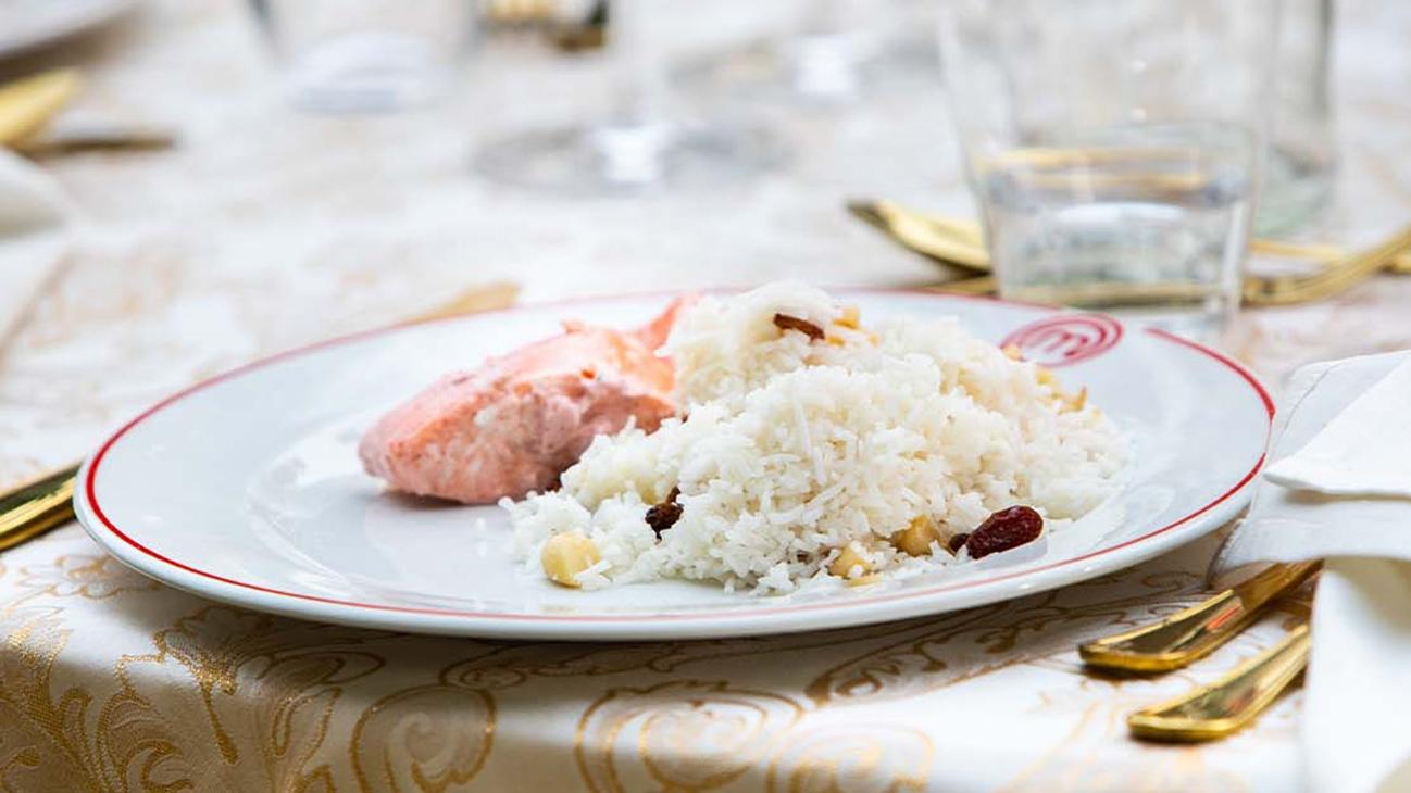 Salmone Tandoori e riso basmati con frutta secca