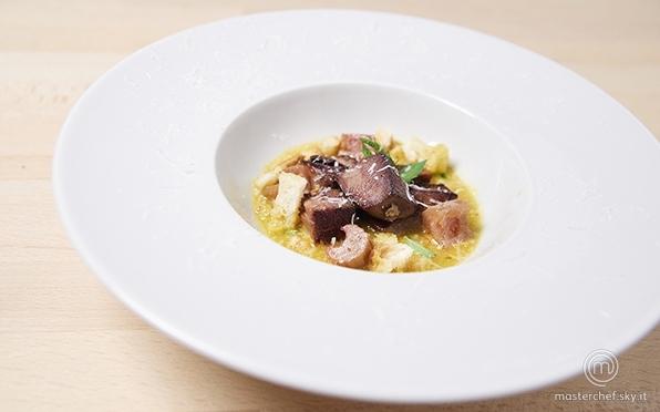 Zuppa di rabarbaro con lingua di vitello brasata e briciole