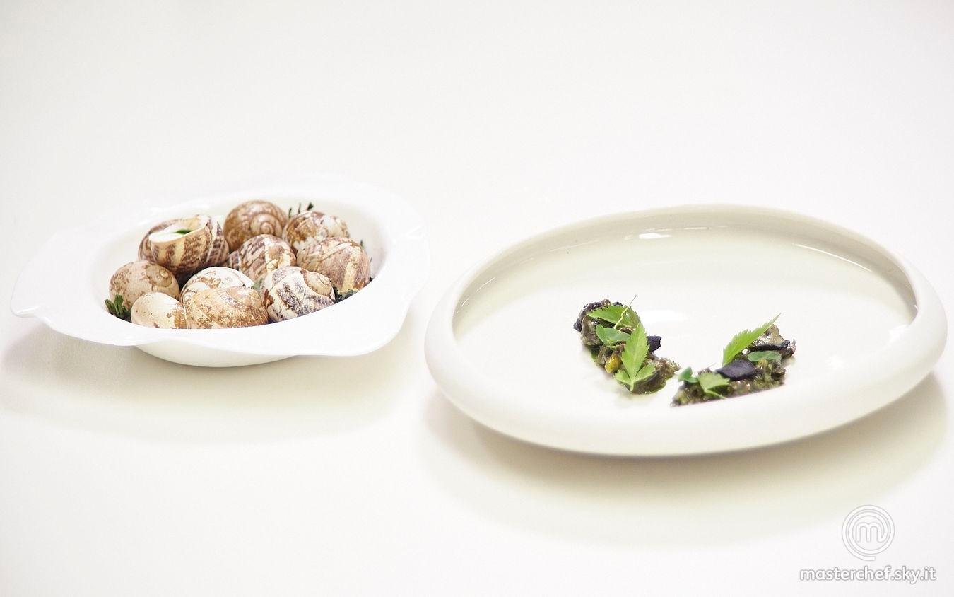 Lumache con prezzemolo, aglio fermentato