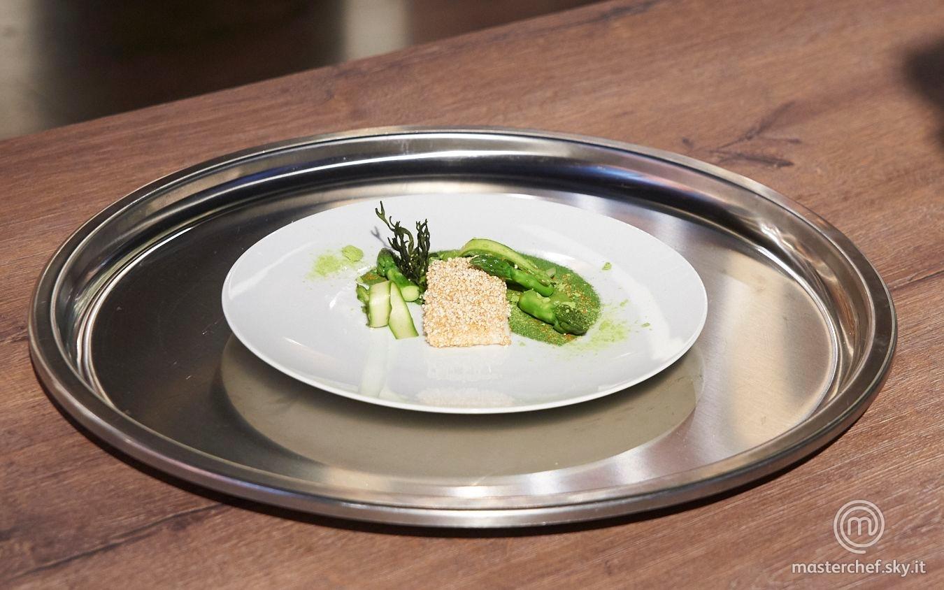 Filetto di rombo con asparagi e codium