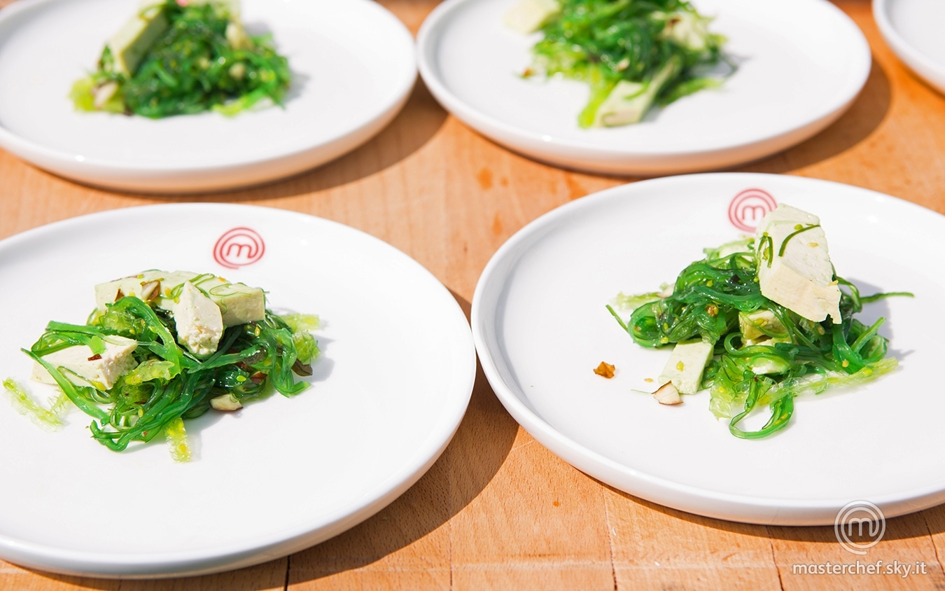 Insalata di alghe e tofu
