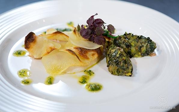 Tranci di San Pietro in crosta di patate con battuta di zucchine alla menta