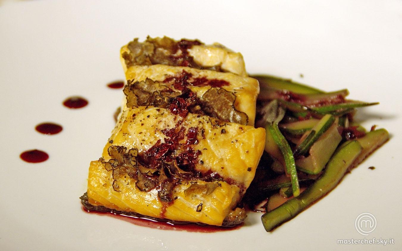 Salmone al tartufo su riduzione di Porto