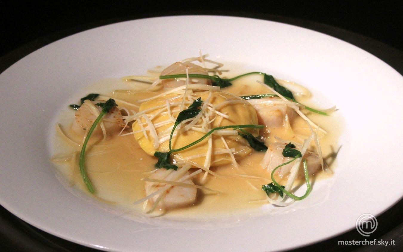 Ravioli di astice su beurre blanc alla soia