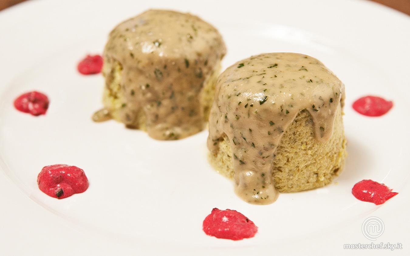 Sformatini al porro su crema di gorgonzola e salsa agrodolce