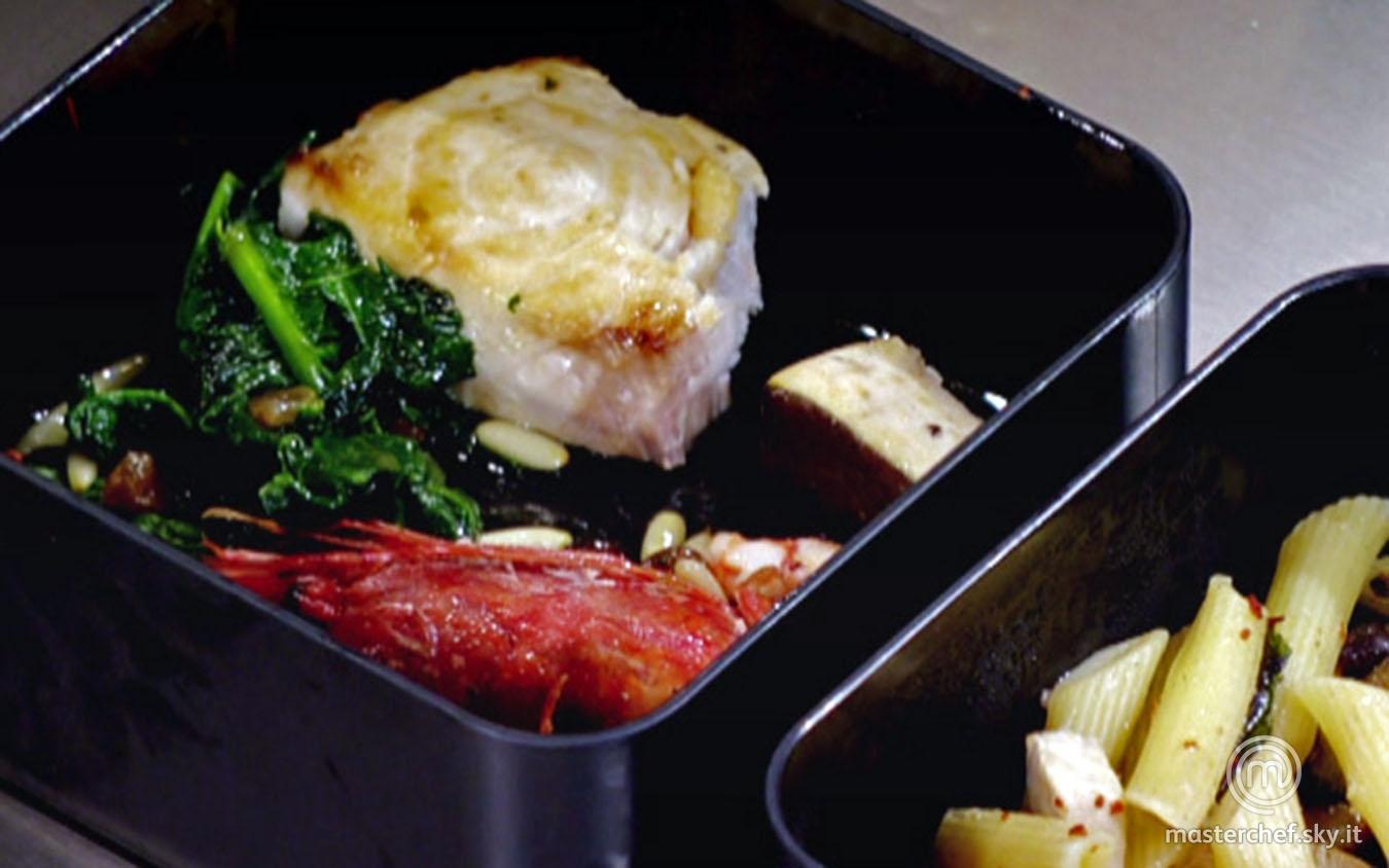 Trancio di pesce spada con gamberi e spinaci