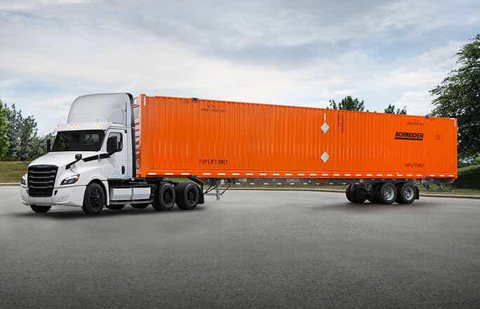 Schneider to test electric trucks as part of Freightliner's customer experience (CX) fleet