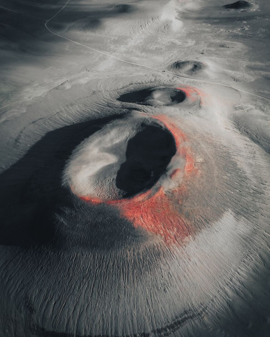 Large-Landmannalaugar_Craters.jpg