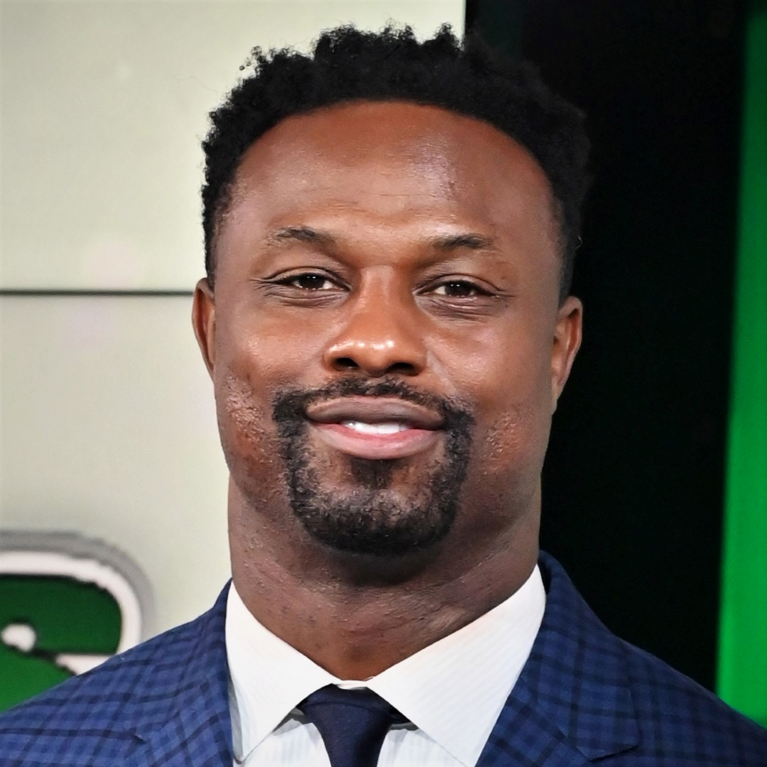 """Bart Scott joined SNY in 2018 as a television analyst for the network's New York Jets studio shows. Scott appears on a SNY's exclusive Jets shows, including, """"Jets Pre-Game Live"""" and """"Jets Post-Game Live."""" He also regularly appears on SNY's """"GEICO SportsNite.""""  Scott is also currently a co-host on ESPN New York 98.7 FM, sports talk radio and regularly contributes to ESPN's television's daily morning shows Get Up and First Take. Prior to ESPN, Scott was a co-host on WFAN sports talk radio and was a studio analyst for the CBS television network's NFL pregame show, """"The NFL Today,"""" from 2014-16. In addition to """"The NFL Today,"""" Scott contributed to """"Inside the NFL"""" on Showtime.  Scott was a linebacker in the National Football League (NFL) for eleven seasons - Baltimore Ravens (2002-08) and the New York Jets (2009-12). In 2006, he was a Pro Bowl selection and earned All-Pro honors.  Scott graduated from Southern Illinois University and is a member of the school's Hall of Fame."""