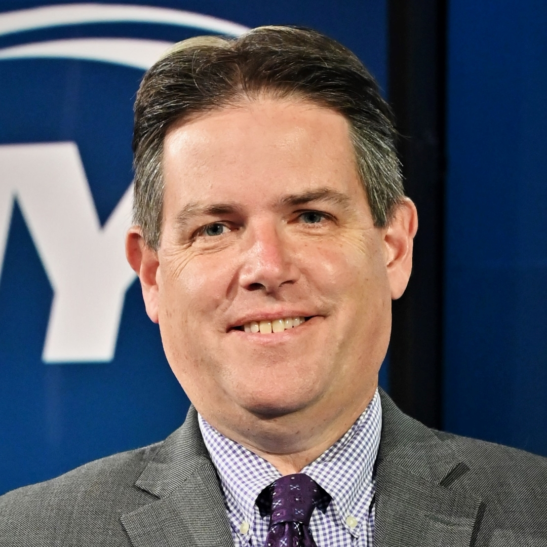 """Ralph Vacchiano, award-winning sports reporter and columnist, joined SNY in 2016 as its NFL Insider. Vacchiano covers the Giants and Jets beats for SNY.tv, co-hosts """"The Tailgate,"""" and is a regular contributor to """"GEICO SportsNite."""" Vacchiano came to SNY following 15 years as the New York Giants beat writer and columnist for the New York Daily News."""