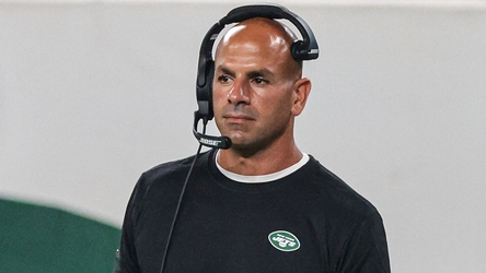Jets HC Robert Saleh blocking out NFL trade deadline noise
