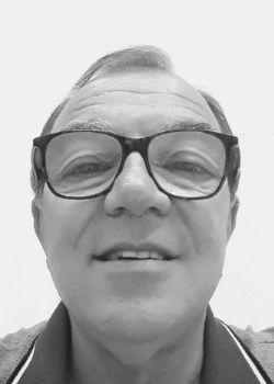 Alphaville-language-teacher-Jorge-Brandi.jpg