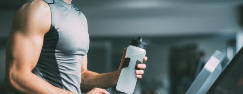 การดื่มน้ำระหว่างออกกำลังกาย ใครว่าไม่สำคัญ