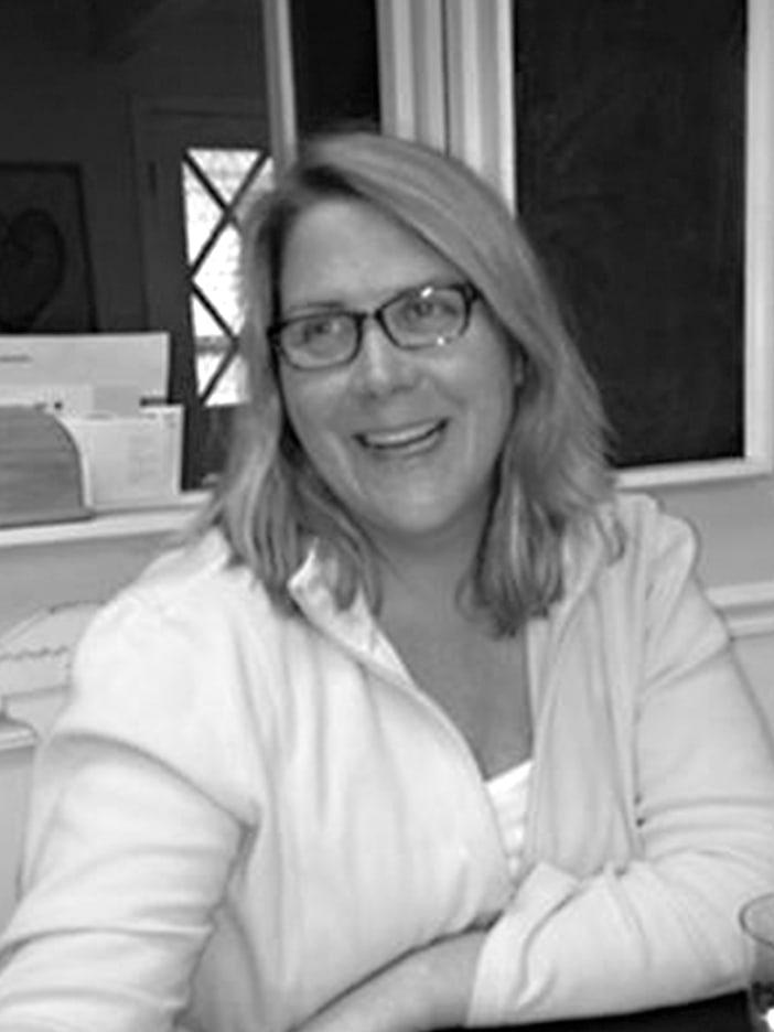 Joan Hickey headshot