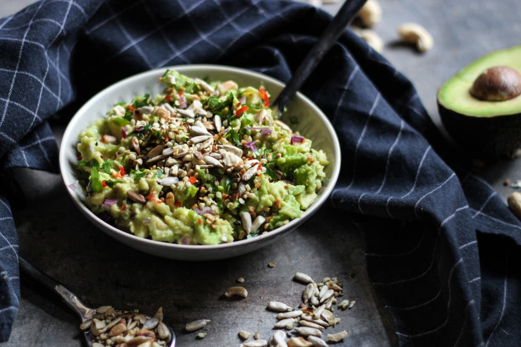 Guac Crunch Nuts Seeds 2
