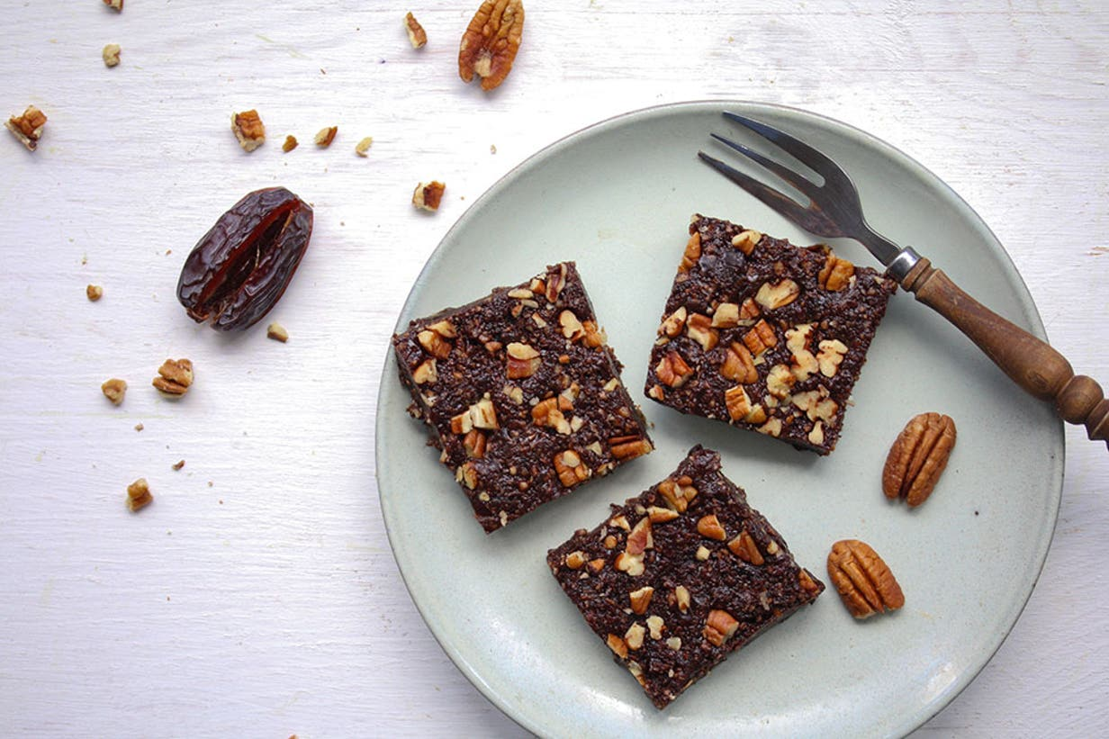 raw pecan brownies