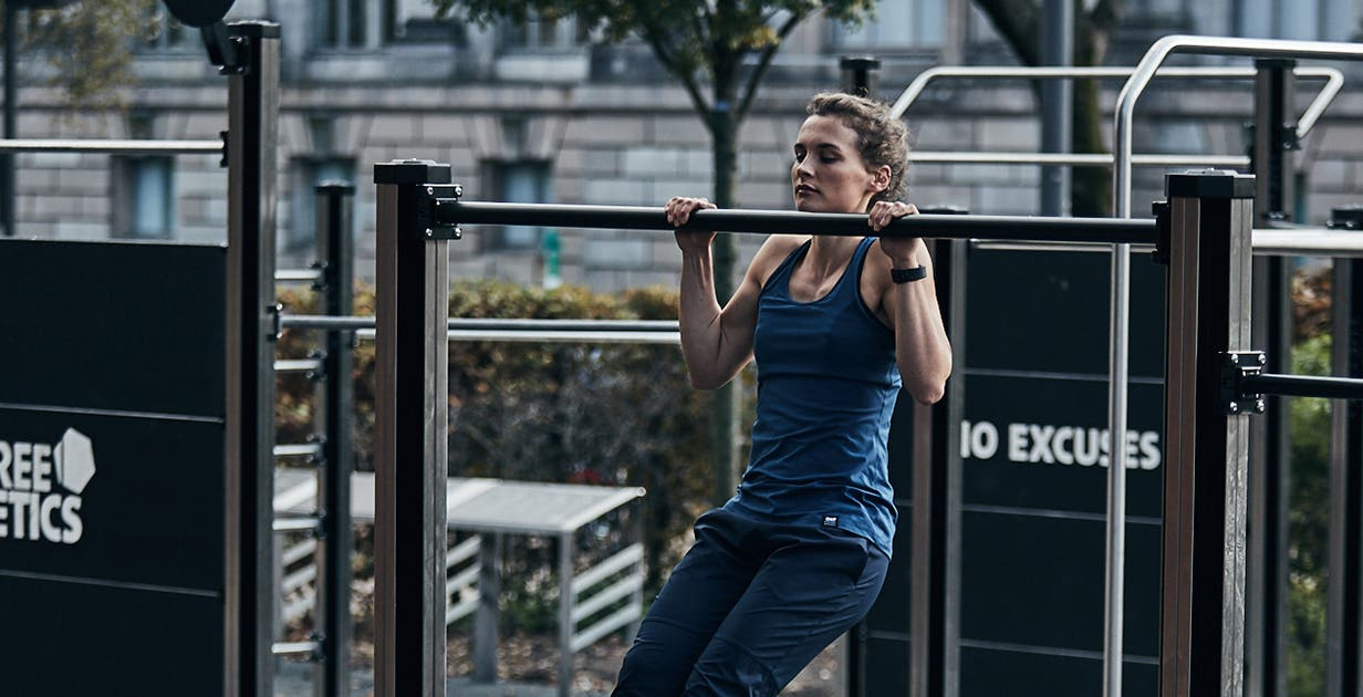 Why are pullups harder for women