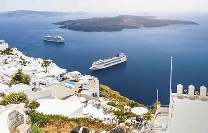 ship-in-greece.jpg
