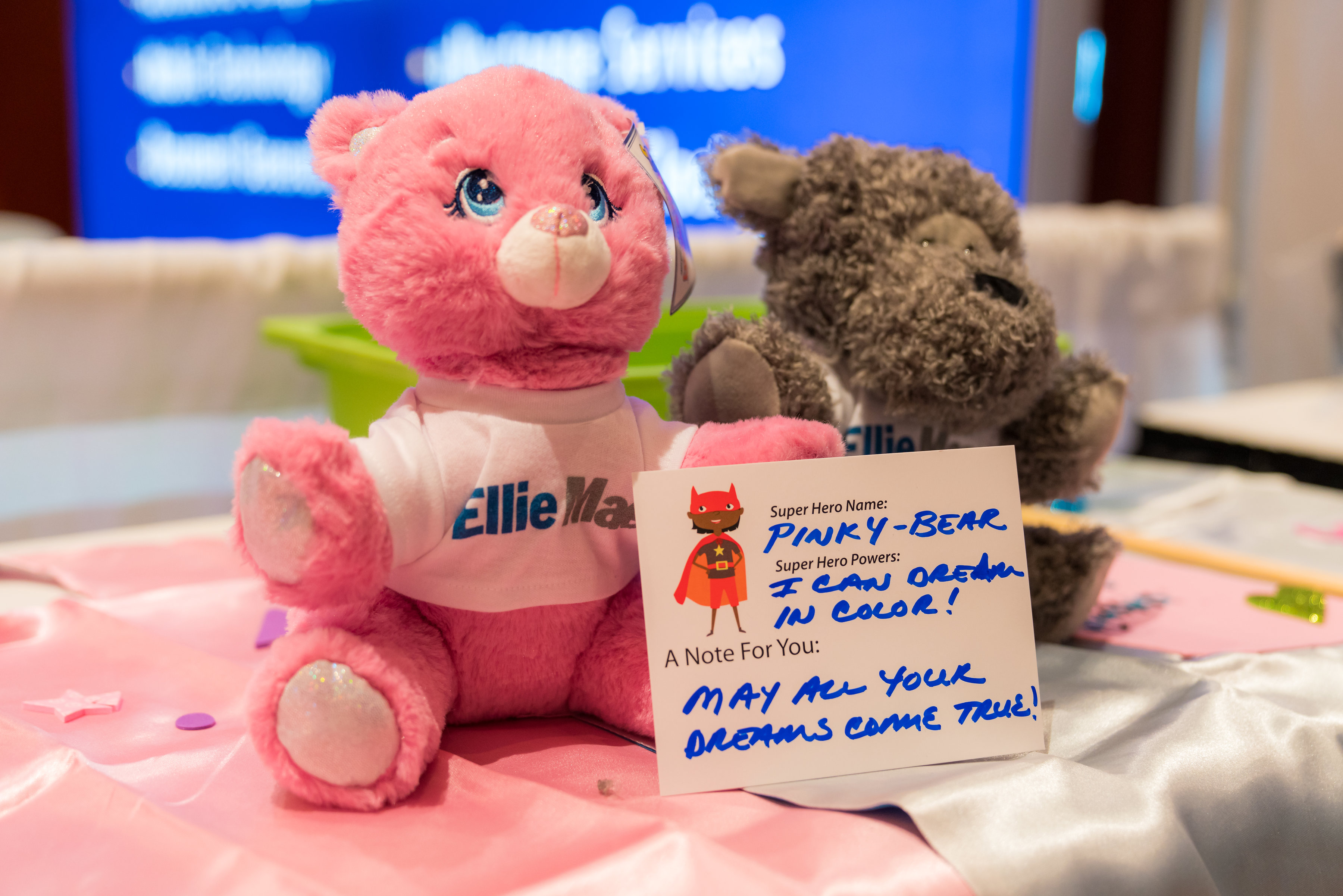 "Ellie Mae Cares ""Build-a-Buddy"" Program at #EXP18 Helps Children Fly"