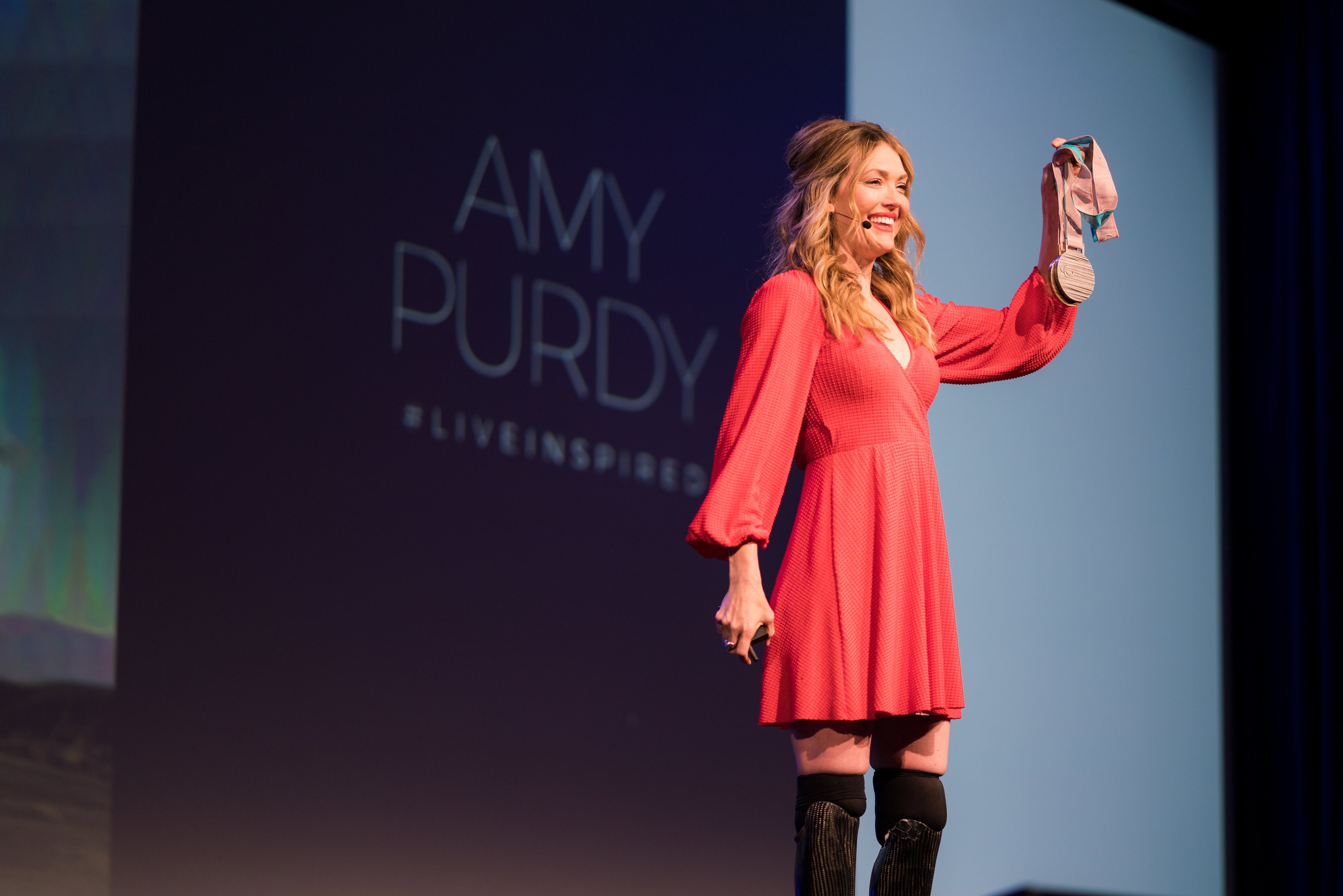 Paralympic Snowboarder Amy Purdy Inspires Thousands at #EXP18
