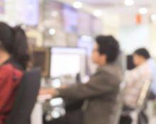 call-center-381206566-275x200-220x175.jpg
