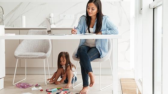 Balancing-work-life-kids-560x315.jpg