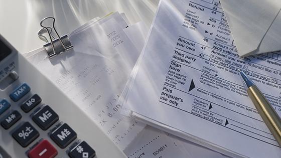 Tax_Deduction_Blog_image_560x315_v1a_1x.jpg
