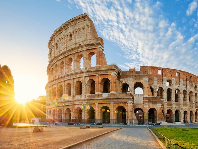 Italia_iStock-539115110.jpg_2