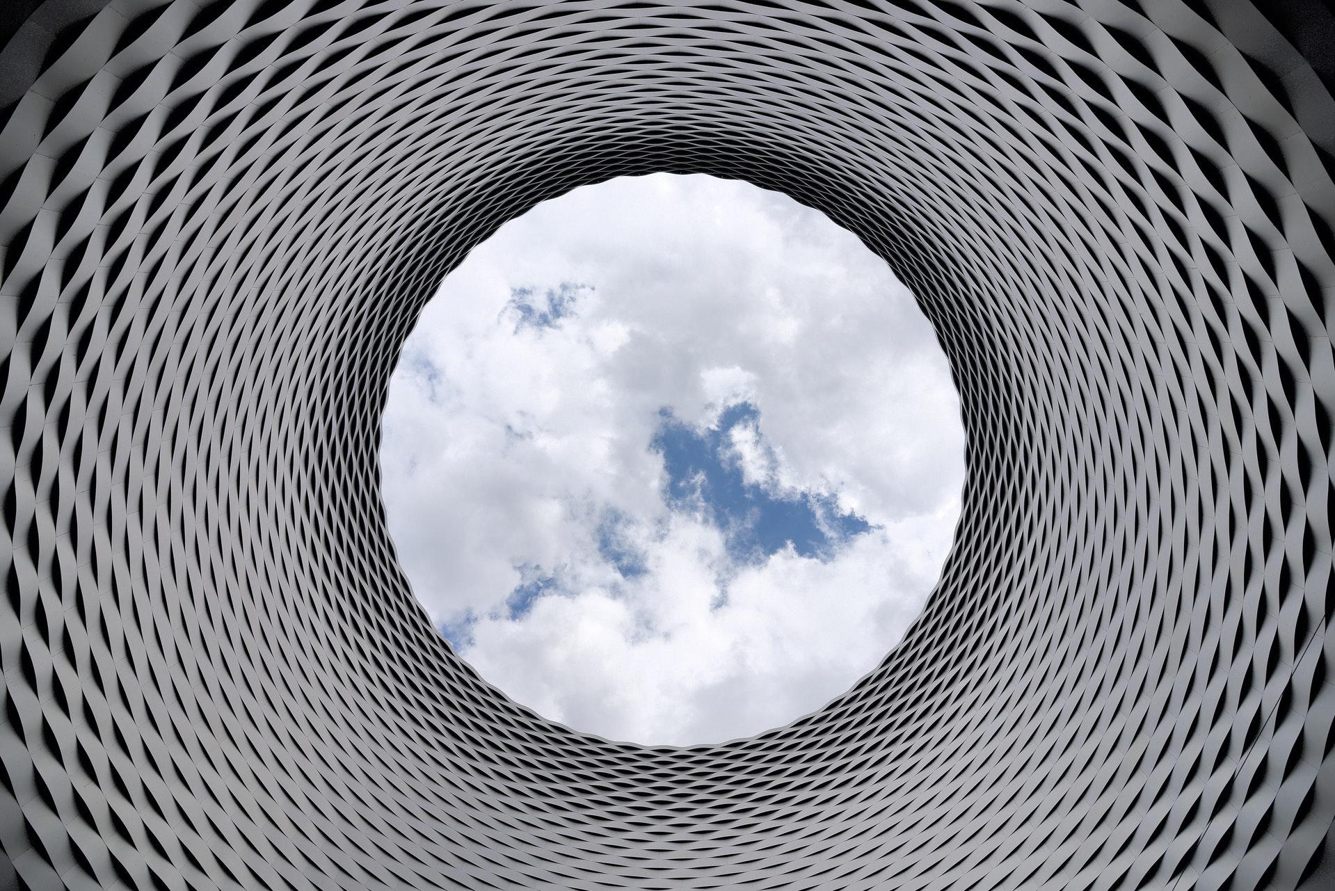 4k-wallpaper-aluminum-architectural-210158-1.jpg
