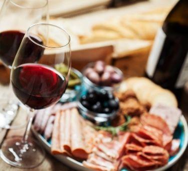 The Science Behind Food and Wine Pairings