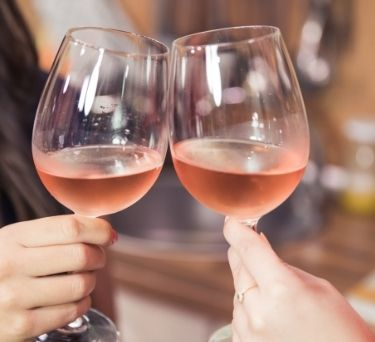 10 Fun Facts About Rosé Wine
