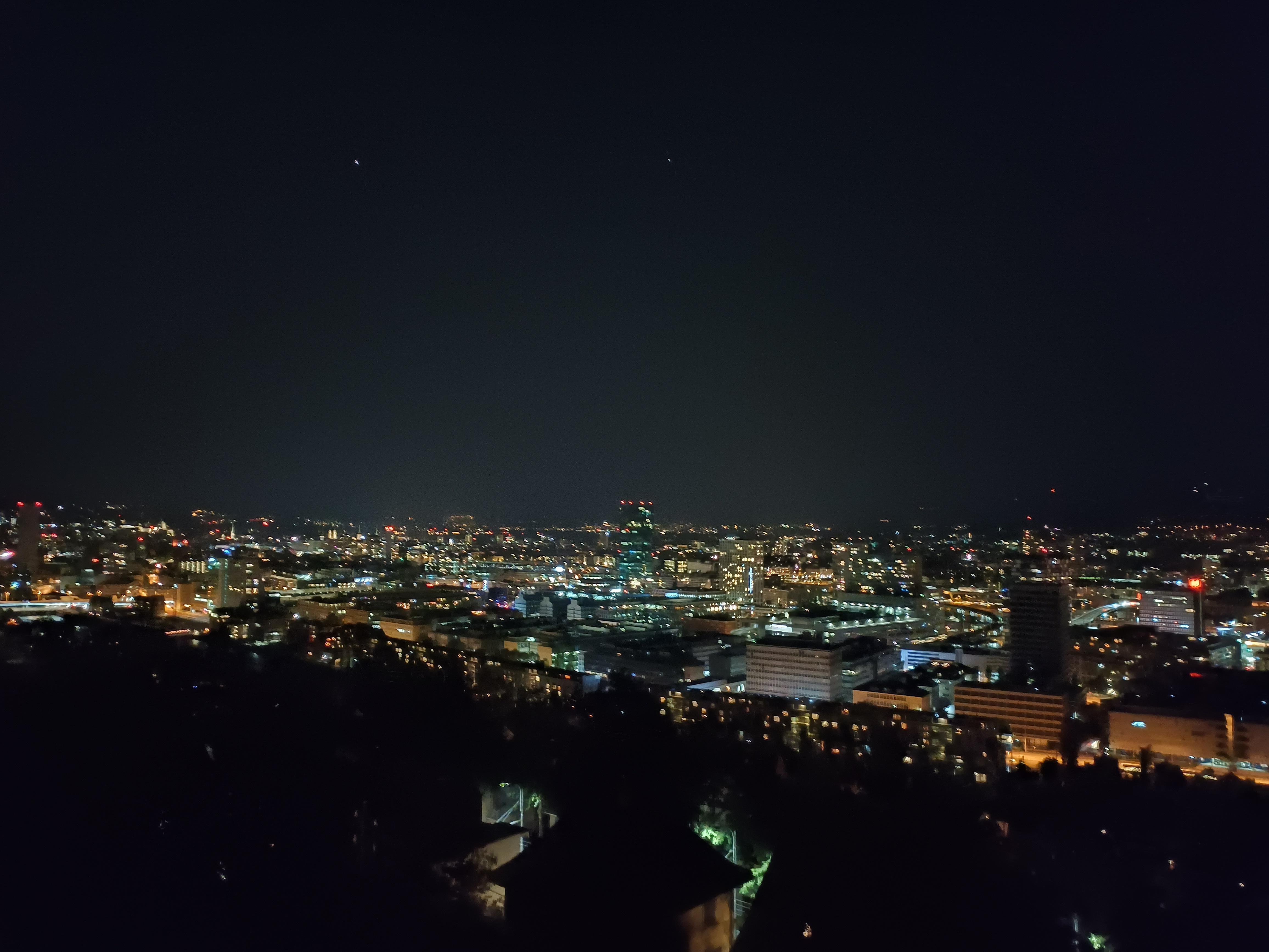 Oppo-Reno6-nacht.jpg