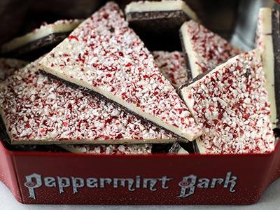 peppermint-bark-cheesecake_2.jpg