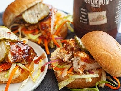 Kentucky-Bourbon BBQ Chicken Sliders
