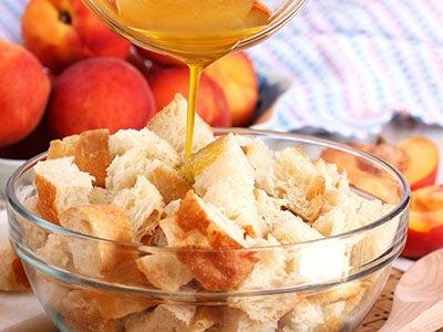 peach-panzanella-salad_3.jpg