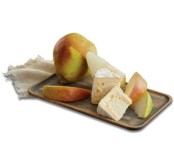 m_191004-Pears-Fruit-Silo_Fruit-and-Cheese_Pears-and-Cheese-Gift-_m.jpg