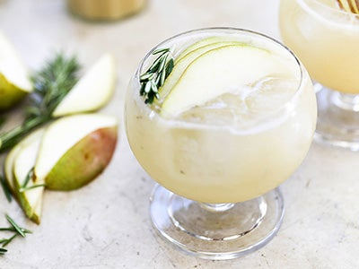 Pear Gin Fizz Cocktail for Holiday Sipping