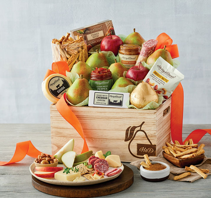 b-200810-Grand-Signature-Gift-Basket.jpg