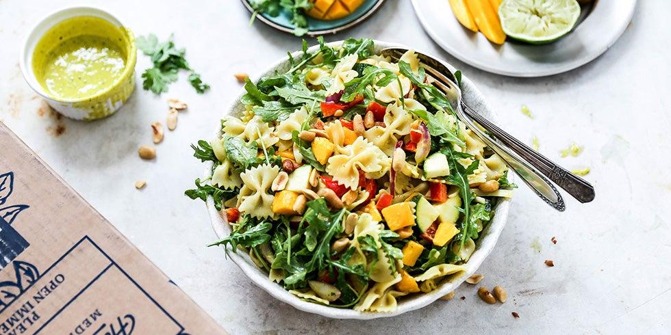 Sweet and Spicy Mango Pasta Salad Recipe