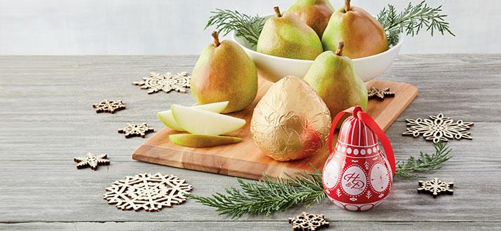b-200902-Pears-and-Ornaments.jpg