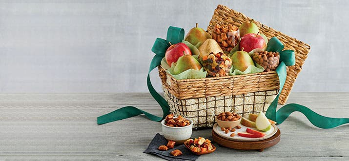 a-200807-Deluxe-Orchard-Gift-Basket.jpg